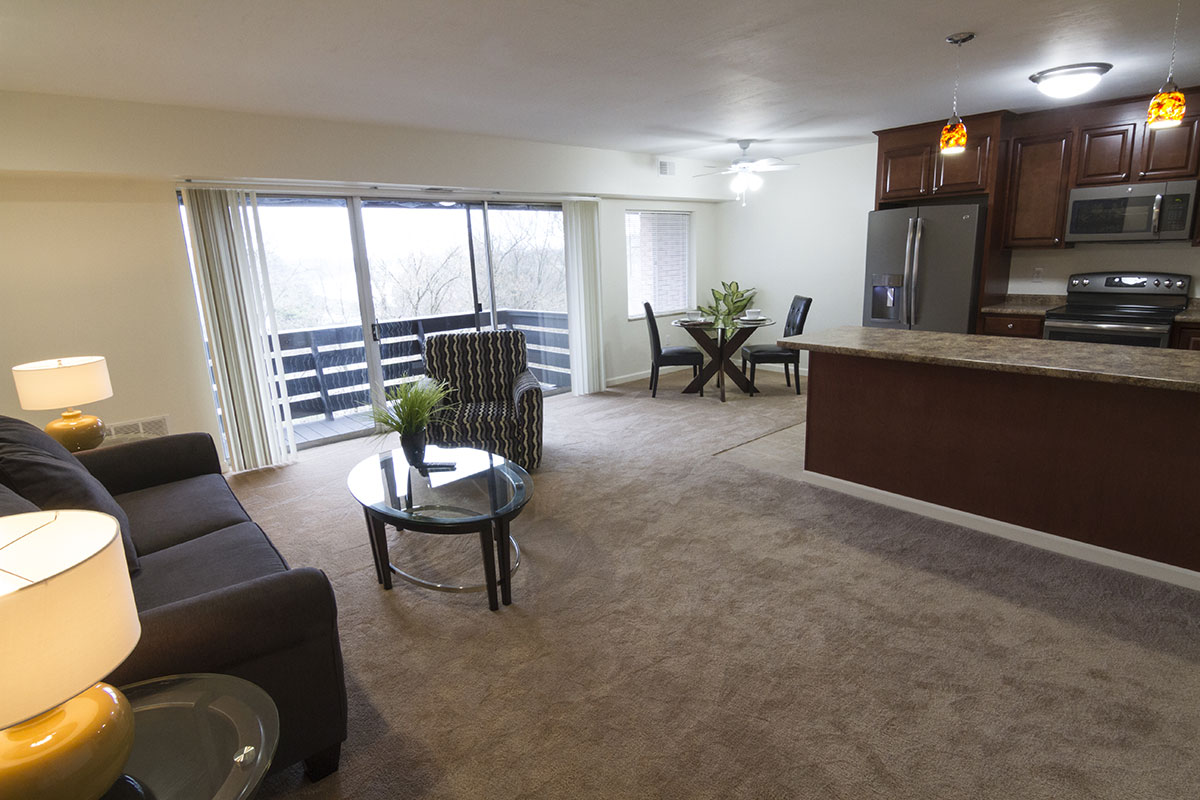 1 Bedroom Photo Tour Of Cliffside Manor Apartments In Emsworth